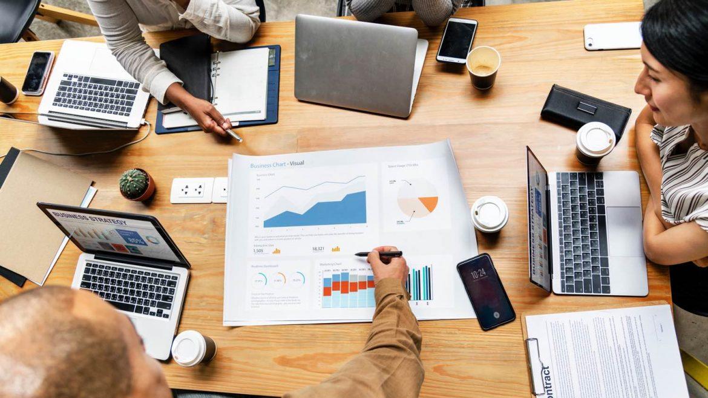 Er du nyfødt virksomhedsejer, og er du i tvivl om hvilke online markedsføringskanaler, der er de rigtige for dig? Find ud af hvad der er relevant for dig!
